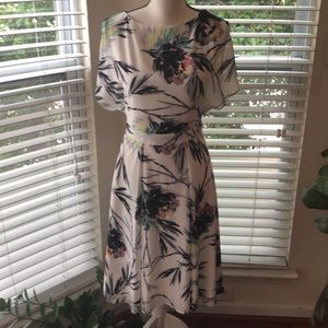 Reiss White Floral A-Line Short Sleeve Dress NEW